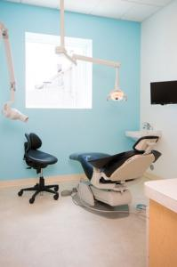 mintDental patient blue room lg