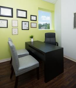 mintDental patient consult room lg